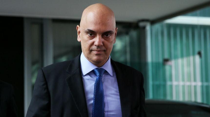 Ministro Alexandre de Moraes caminha pelo STF