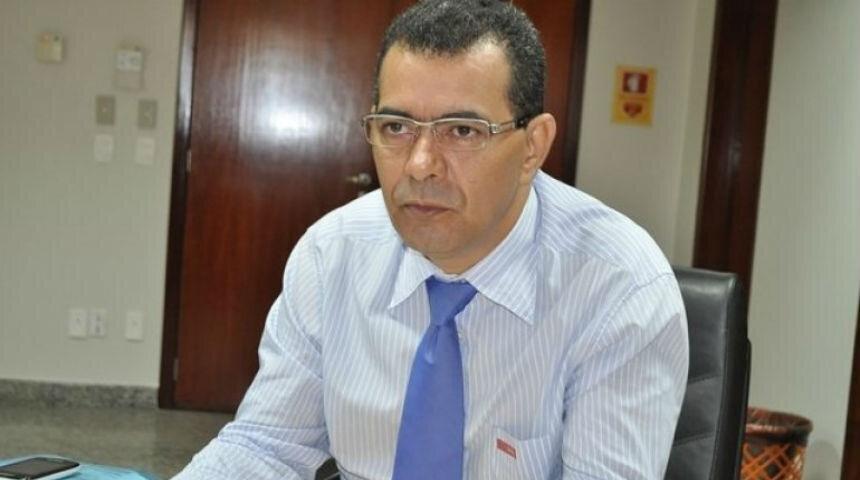 Vereador Lúcio Campelo em seu gabinete
