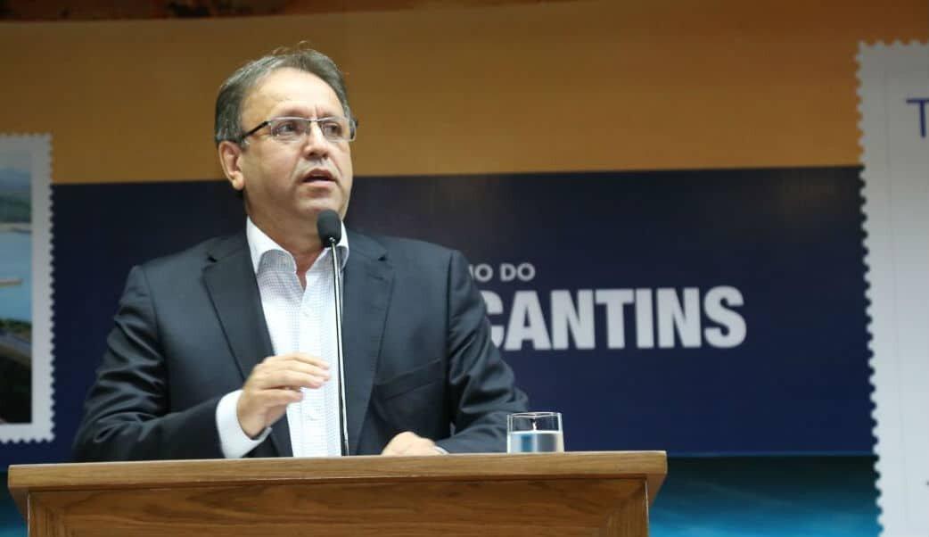 Marcelo Miranda discursa em tribuna no Palácio Araguaia