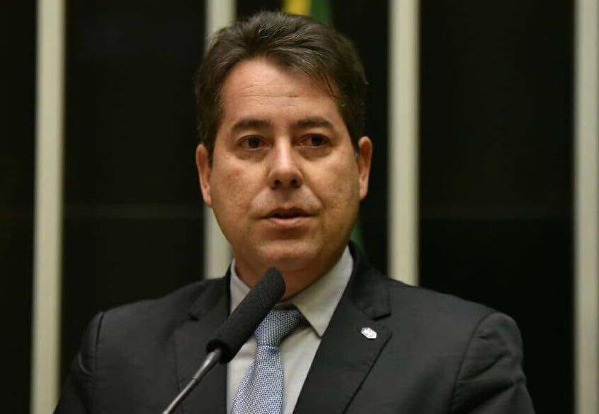 Administrador Rogério Ramos discursa no plenário da Câmara dos Deputados
