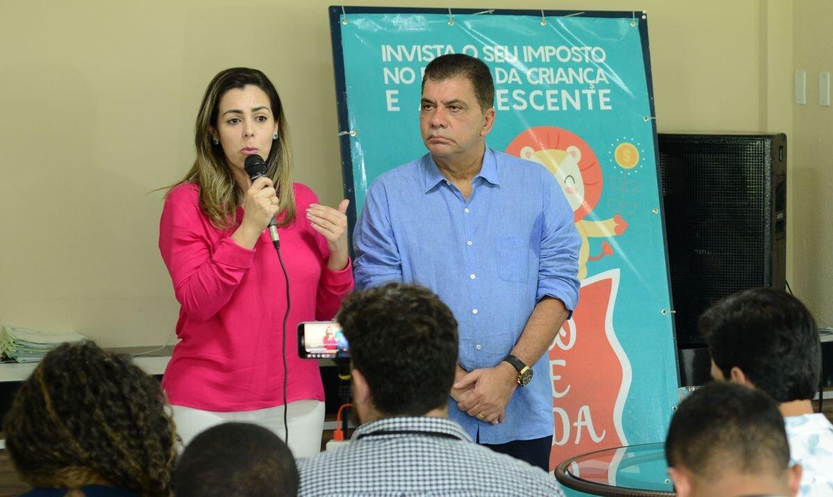Prefeita Cinthia Ribeiro e o antecessor, Carlos Amastha