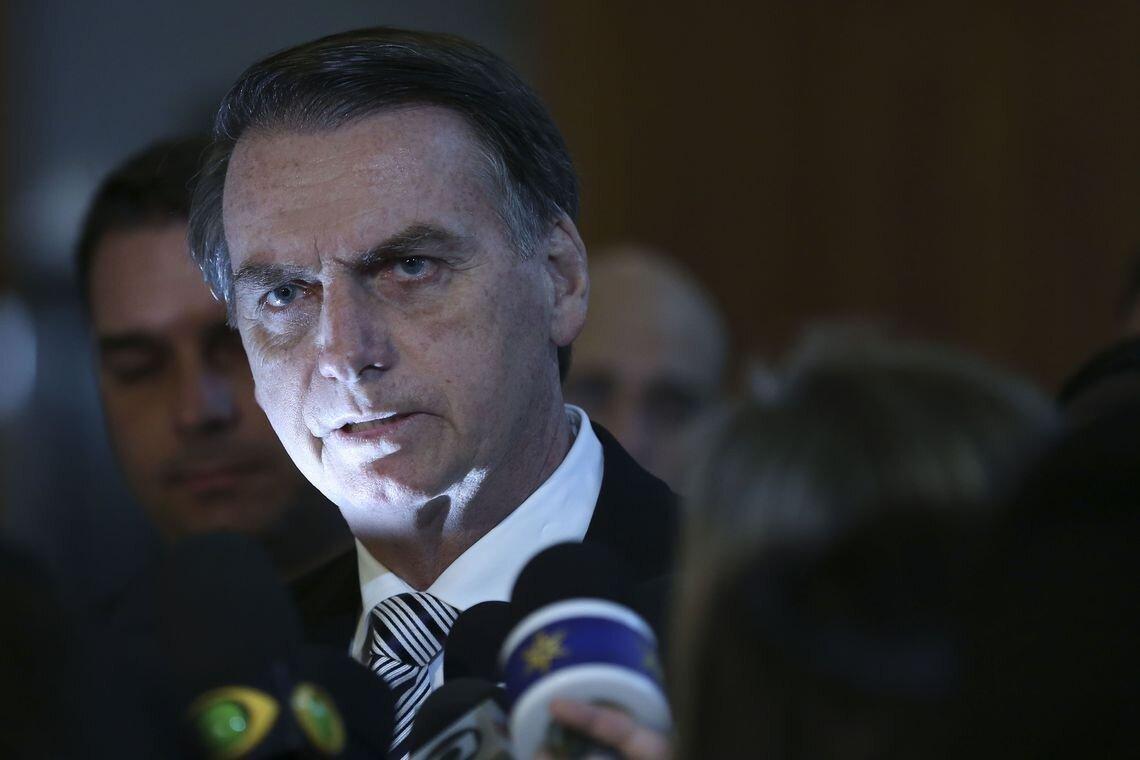 Jair Bolsonaro durante entrevista coletiva