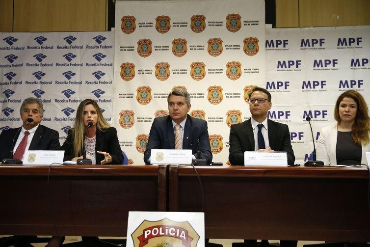 Coletiva de imprensa sobre a Operação Furna da Onça, na sede da Polícia Federal, no Rio